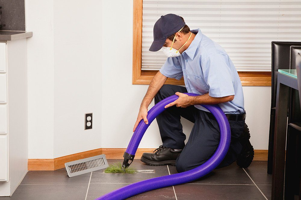 Moldy ducts infect indoor air